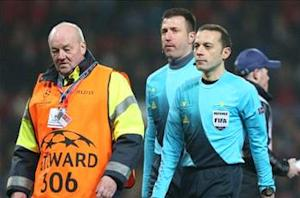 Cuneyt Cakir: I was right to send Nani off