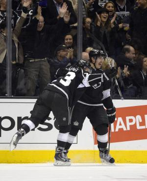 Toffoli leads LA Kings' 5-1 rout of Vancouver