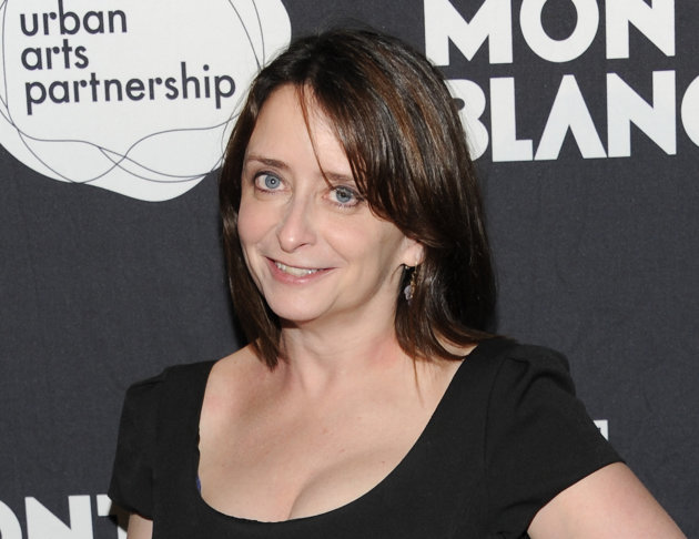 "FILE - This Nov. 14, 2011 file photo shows actress Rachel Dratch at the ""24 Hour Play"" after-party at B.B. King Blues Club in New York. Dratch and Mo Rocca will be getting down and dirty next month in"
