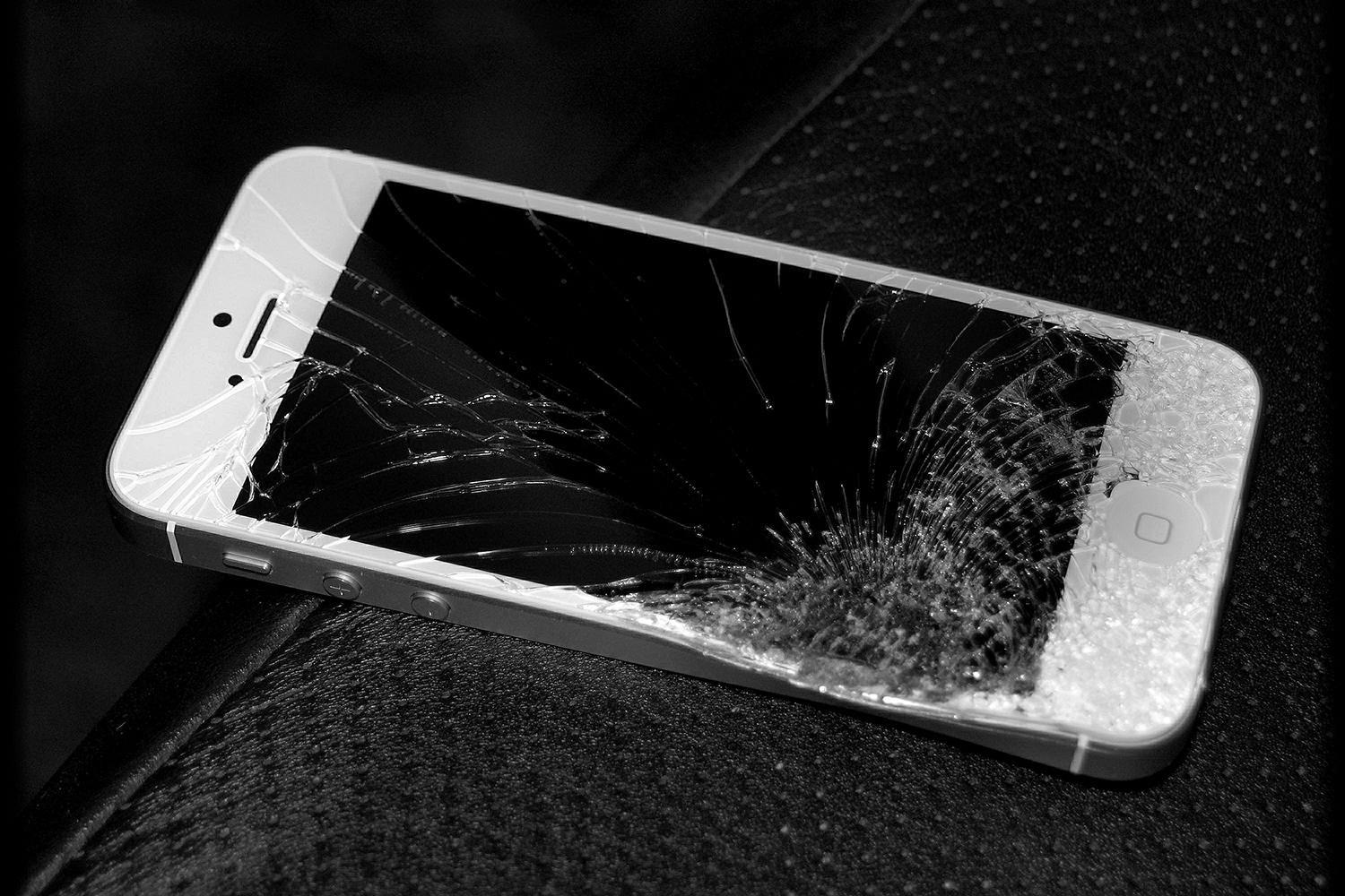 Smash your iPhone? You may still be eligible for Apple Store credit