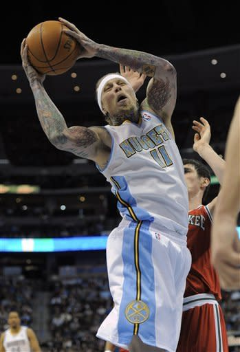 Gallinari leads Nuggets past Bucks 91-86