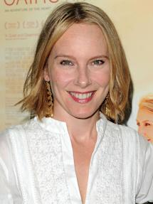 Photo of Amy Ryan