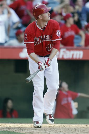 Trumbo's HR lifts Angels in 13th over Tigers