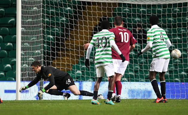 Stephen Doris' late equaliser defeated Celtic's Lukasz Zaluska, left
