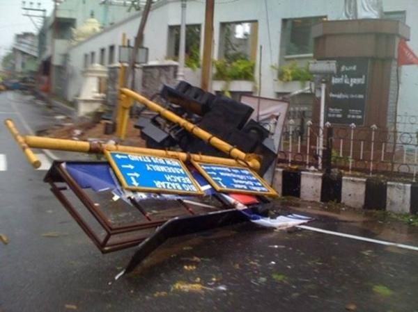 Collapsed signposts in Puducherry