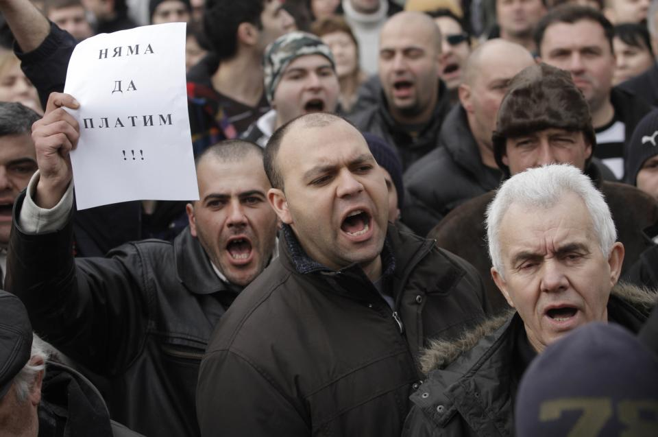 Bulgarians protest foreign power companies
