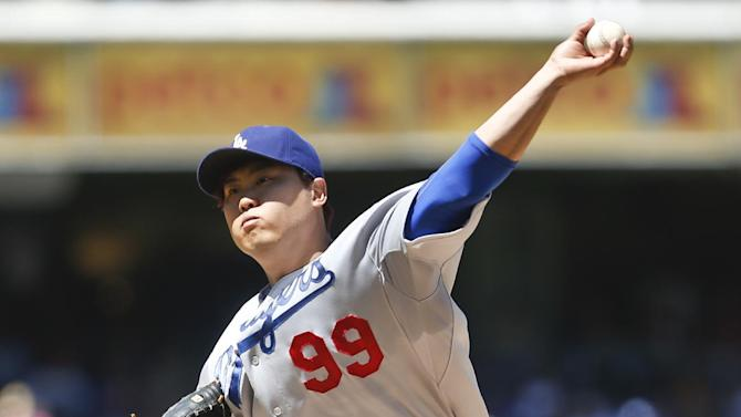 Ryu returns from DL, pitches Dodgers to 7-1 win