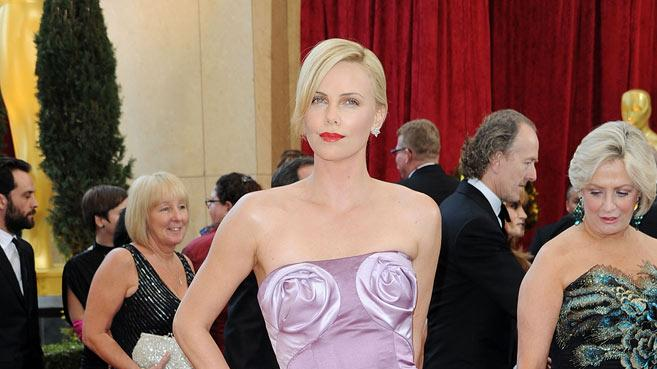 Charlize Theron Oscars rc