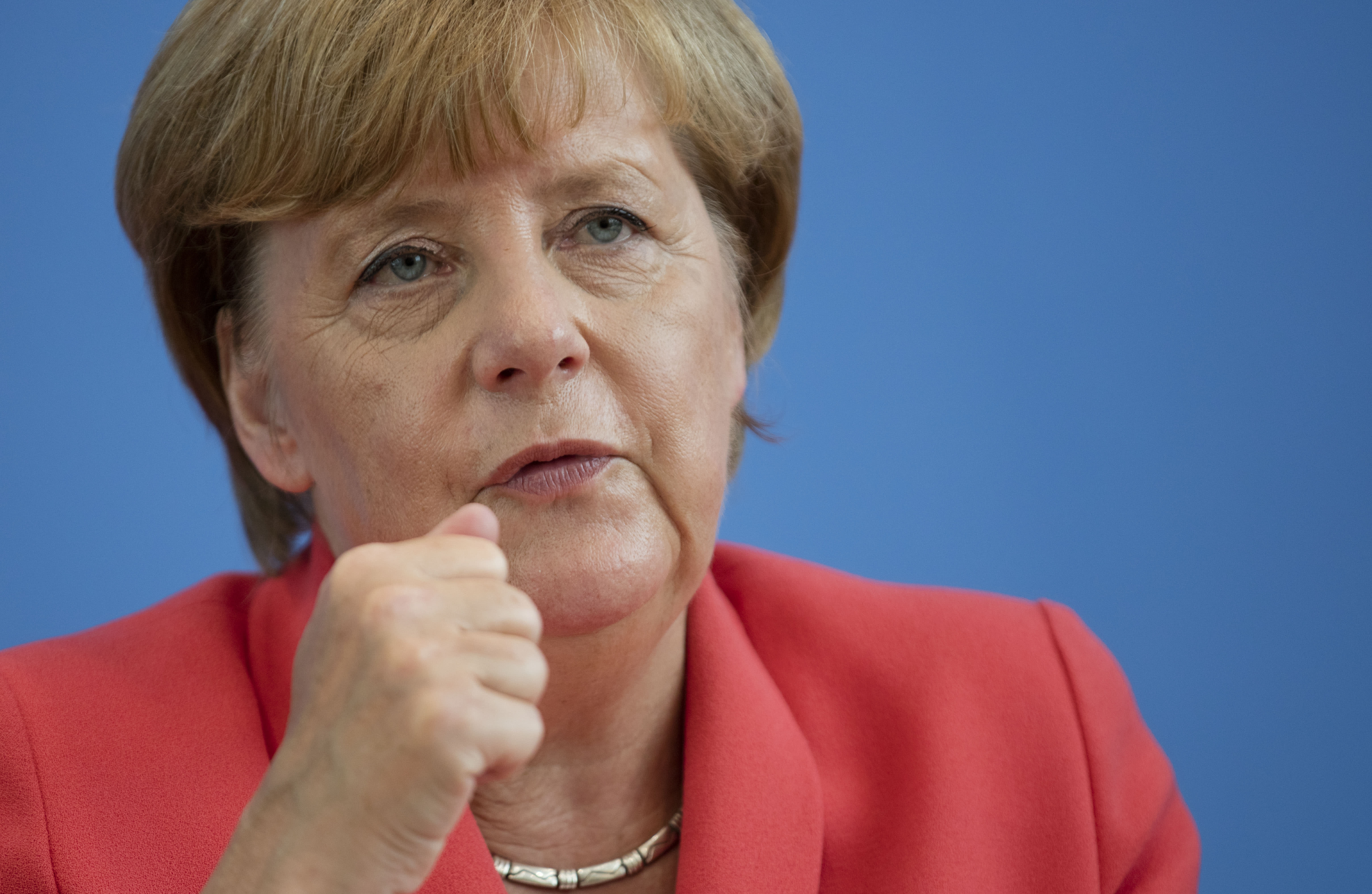 Merkel: expect Greece to fulfil obligations after election