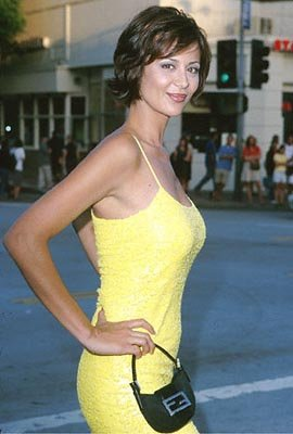 Premiere: Catherine Bell at the Mann's Village Theatre premiere of Warner Brothers' The Replacements - 8/7/2000