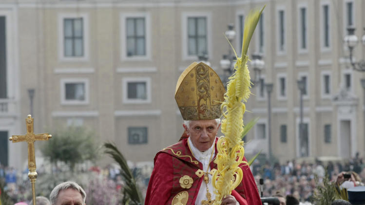 Pope Benedict XVI celebrates the Palm Sunday mass at St. Peter's square at the Vatican, Sunday, April 1, 2012. (AP Photo/Gregorio Borgia)