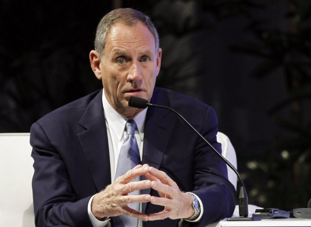 File picture shows Toby Cosgrove, CEO of the Cleveland Clinic, participating in the APEC CEO Summit in Honolulu