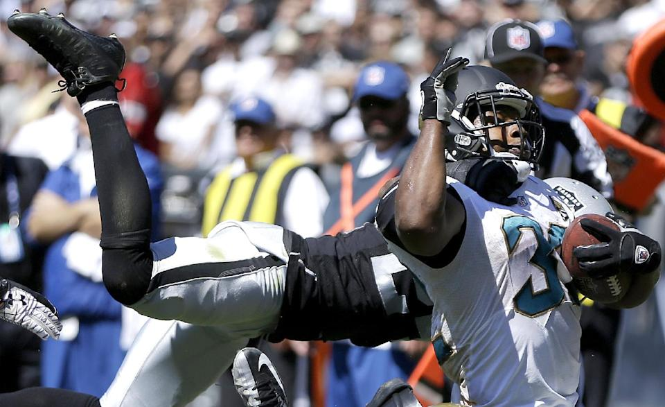 Jaguars' Jones-Drew feeling better, hopes to play