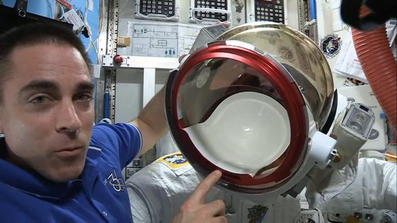 NASA Astronaut Says Spacesuit Water Leak Was 'Scary Situation' (Video)
