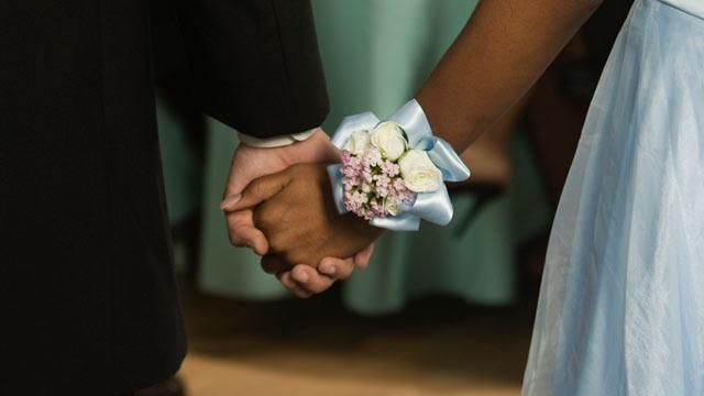 Georgia Teens Fed Up With Segregated Proms