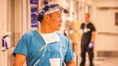 HT peter rhee 1 jtm 140613 16x9 608 Trauma Surgeon Uses War Zone Skills to Better Treat Patients at Home
