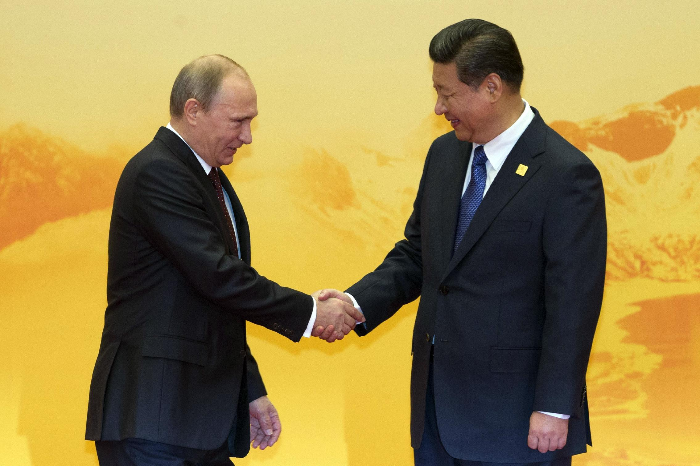 China offers to help Russia...and wean the world off the dollar