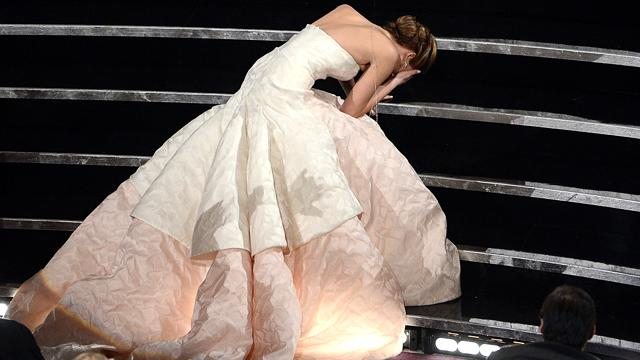 Oscars 2013 Social Media Moments: Jennifer Lawrence, Adele and Michelle Obama