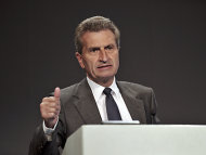 Oettinger hlt Schuldenschnitt Griechenlands fr unausweichlich