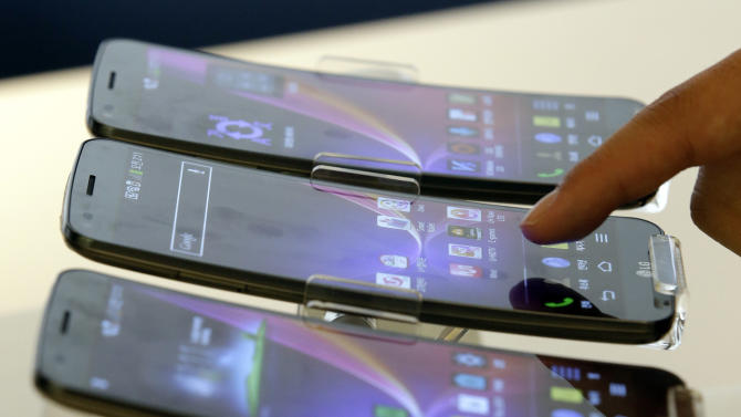 Can smartphones snap out of technological stupor?