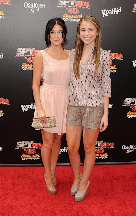 Spy Kids All The Time in the World LA premiere 2011 Alexa Vega Makenzie Vega