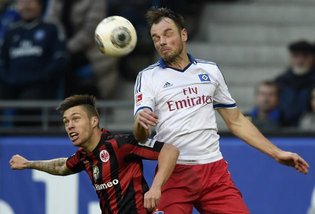 Hamburg SV's Westermann and Eintracht Frankfurt's Kadlec fight for the ball during their German Bundesliga first division soccer match in Hamburg