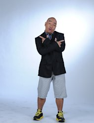 "Wally Bayola in ""D' Kilabots Pogi Brothers…Weh!?"""
