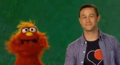 Joseph Gordon-Levitt Stops by 'Sesame Street' for Vocabulary Lesson