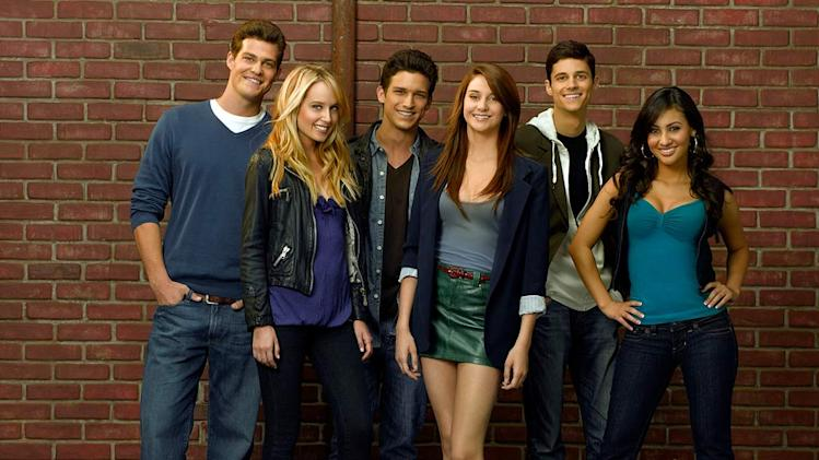 "The cast of ""The Secret Life Of The American Teenager."""