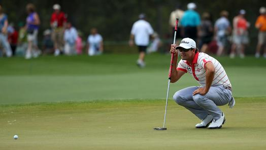 Scott consistently contends with long putter