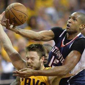 Horford and Dellavedo play hard