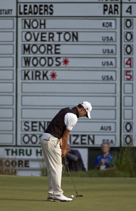 Seung-Yul Noh, from South Korea, birdies the 18th hole to go nine-under 62 during the first round of the Deutsche Bank Championship PGA golf tournament at TPC Boston in Norton, Mass., Friday, Aug. 31,