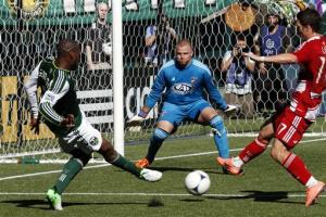 Jewsbury lifts Timbers to 1-1 draw with FC Dallas