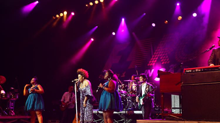 F1 Rocks in Sao Paulo - Jessie J and Macy Gray