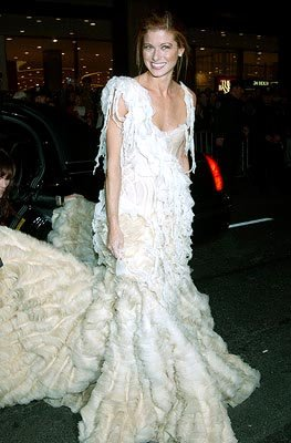 Debra Messing VH1 Vogue Fashion Awards - 10/15/2002