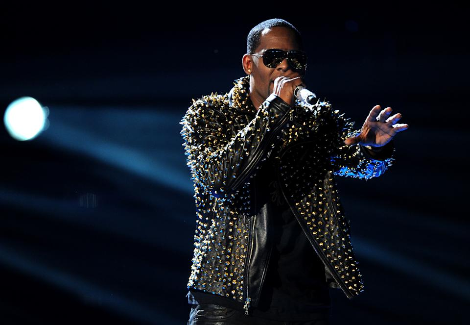 R. Kelly performs onstage at the BET Awards at the Nokia Theatre on Sunday, June 30, 2013, in Los Angeles. (Photo by Frank Micelotta/Invision/AP)