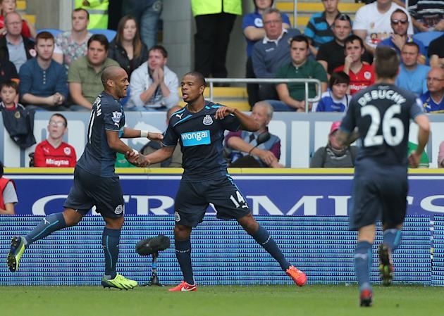 Soccer - Barclays Premier League - Cardiff City v Newcastle United - Cardiff City Stadium