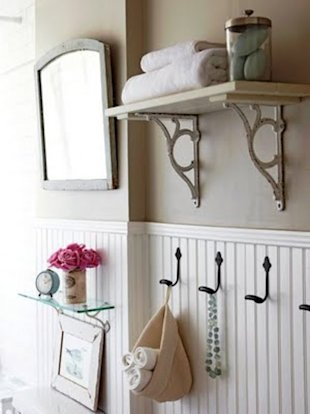 Quick and not-so-dirty: 5 ways to cut bathroom clutter