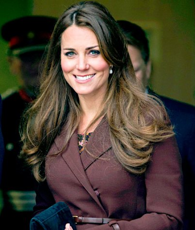 Kate Middleton Hints She&#39;s Having a Girl, Khloe Kardashian Avoids Kris Humphries: Top 5 Stories of Today