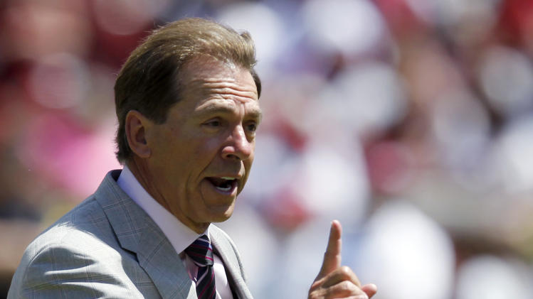 Alabama defense dominates spring game