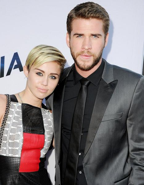 "Miley Cyrus: I Wanted ""to Leave"" Liam Hemsworth in February 2013, Talks ""Hard Time"""