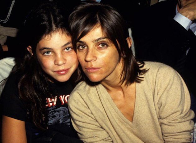 Carine Roitfeld Prefers Peeing In Car Parks Than Nightclubs and Compares Karl Lagerfeld To Jennifer Lopez