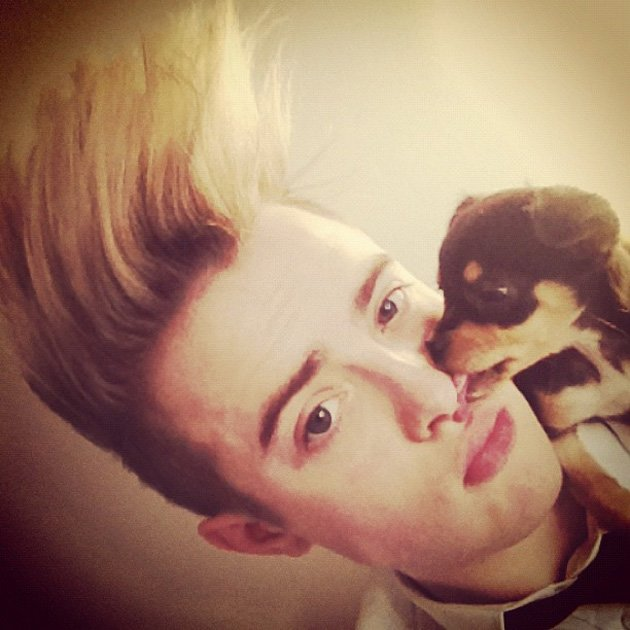 Jedward and puppy