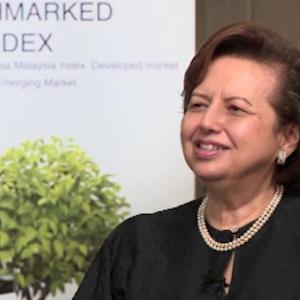 Zeti Signals No Need for Malaysian Rate Cut Soon