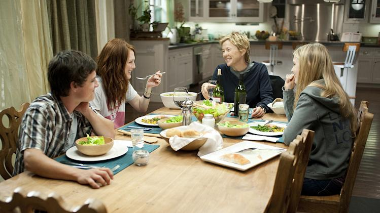 The Kids are All Right Production Photos 2010 Focus Features Josh Hutcherson Julianne Moore Annette Bening Mia Wasikowska