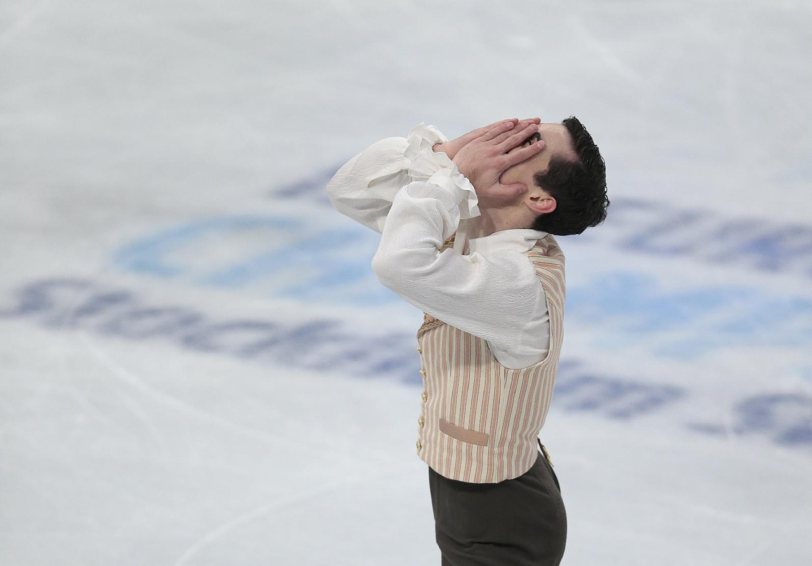 Fernandez wins 3rd European figure skating gold