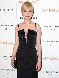 Michelle Williams joined the sexy deep V club last night