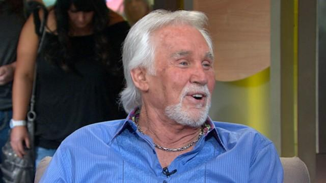 Kenny Rogers Tells Life Story in New Memoir
