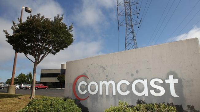 Comcast begins testing data caps in two cities