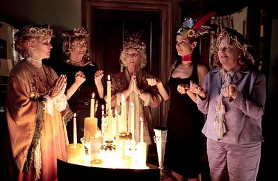 Ellen Burstyn , Maggie Smith , Fionnula Flanagan , Sandra Bullock and Shirley Knight in Divine Secrets of the Ya Ya Sisterhood